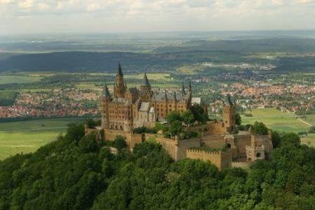 Koniglicher Wintermarkt Auf Der Burg Hohenzollern Reiseangebote